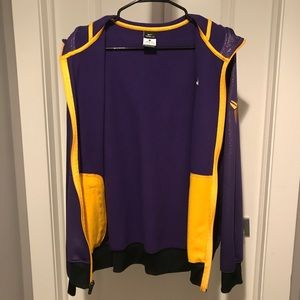 Activewear Objective Nwt Nike Los Angeles Lakers Mens Pullover Fleece Hoodie Sweatshirt Sz Med Yellow Sports Mem, Cards & Fan Shop